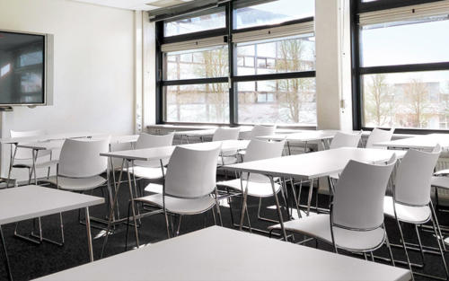salle-cours-table